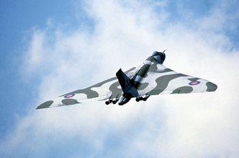 https://mediaproxy.tvtropes.org/width/350/https://static.tvtropes.org/pmwiki/pub/images/800px-Avro_Vulcan_Bomber_RAF.JPEG