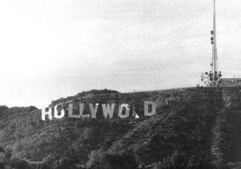 https://mediaproxy.tvtropes.org/width/350/https://static.tvtropes.org/pmwiki/pub/images/Hollywood_Sign_1970s_9194.jpg