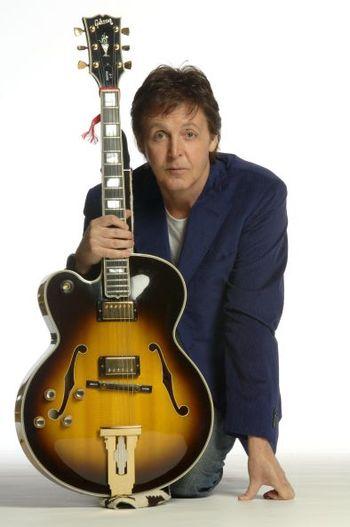 https://mediaproxy.tvtropes.org/width/350/https://static.tvtropes.org/pmwiki/pub/images/Paul_McCartney_3915.jpg